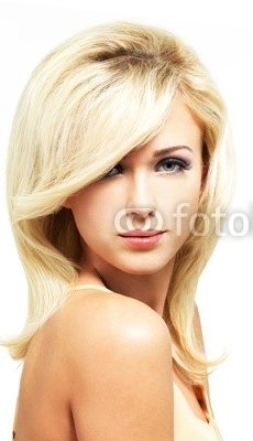 Beautiful_blond_woman_with_style_hairstyle_2.jpg