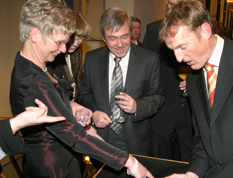 Jubiläum feiern mit dem Hütchenspieler
