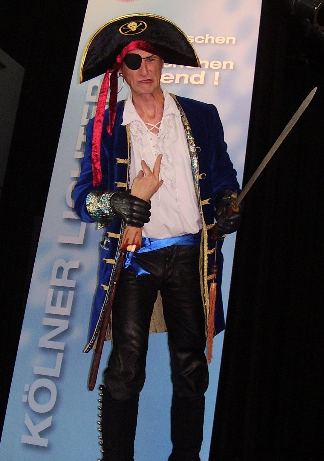 Hütchenspieler Pirat