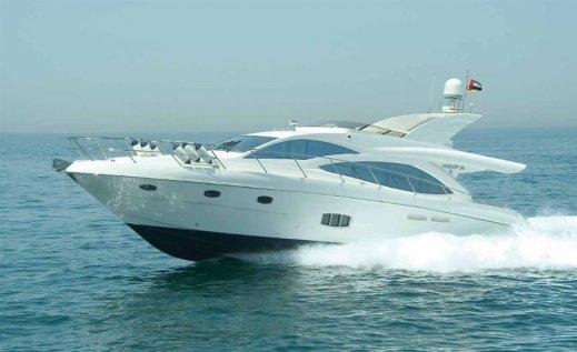 motoryacht-majesty-56-fly-mallorca.jpg