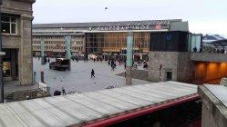 Köln Hauptbahnhof Blick von Domplatte