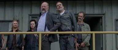 Negan mit Gregory vorm Sanctuary