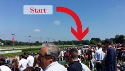Sparkassen Renntag Pferderennen vorm Start
