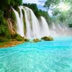 Detian_waterfall_xs.jpg