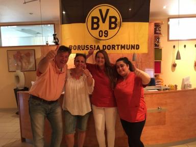 Praxisteam gratuliert zum BVB Pokalsieg