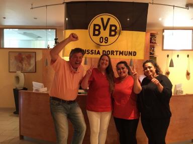 Praxisteam gratuliert BVB zum Pokalsieg