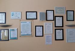 Zertifikate Dr. Dadikhi Vorschau
