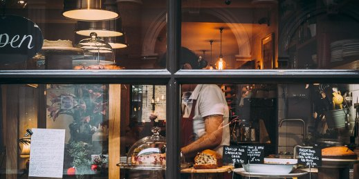 baker-bakery-business-1739748.jpg