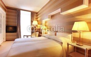 camera_da_letto_di_hotel.jpg