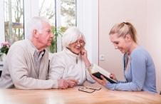 Seniorenbetreuung.jpg
