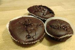 Kleine Schokokuchen mit flüssigem Kern – Karamell-Schokomuffins Rezept