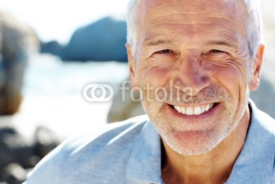 Happy_senior_man_smiling_-_Copy_space.jpg