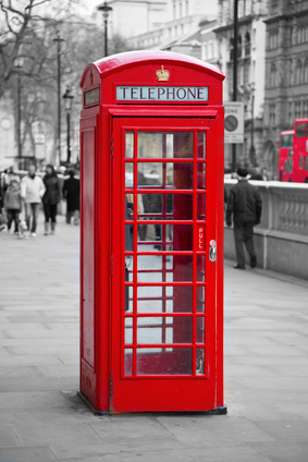 Red_telephone_booth_in_London_xs.jpg