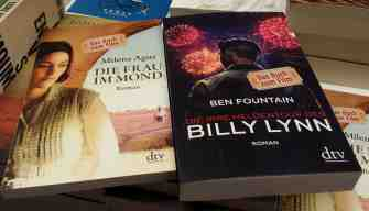 Buch zum Film  die Frau im Mond und Billy Lynn