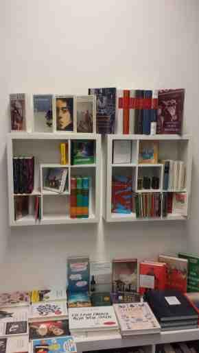 nur ein kleiner Teil der Bücher beim Buchladen am  Kopernikusplatz Nürnberg