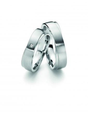 Ringe aus rhodiniertem Weissgold mit einem Carré-Diamanten