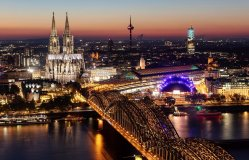 Rhine River Cruise & E-Bike Tour visiting Cologne