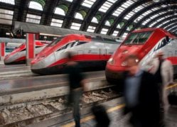 Frecciarossa - High Speed Trains In Italy