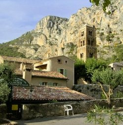 Moustiers Sainte Marie Provence