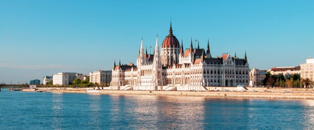 Danube River Cruises & E-Bike Tours
