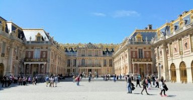 Versailles Castle - Best places to visit in France