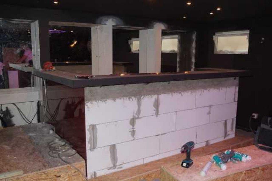 Beliebt Errichtung einer Kellerbar BQ36