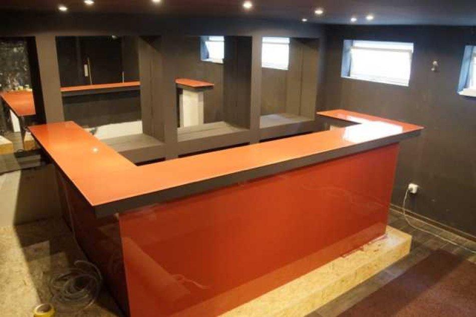 Super Errichtung einer Kellerbar RU97