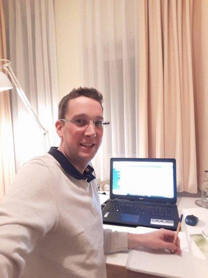 Spätschicht im Hotel auf der Online-Marketing Summit 02/18