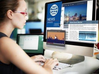 Nachrichten gehen online in sekundenschnelle um die Welt