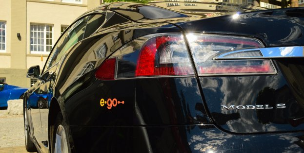 e-go_Tesla_mit_Logo.jpg