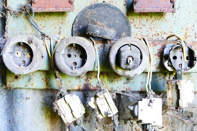 Alte Steckdosen Elektriker Notdienst
