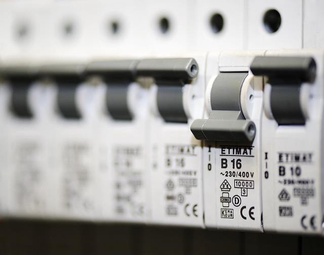 elektronischer Sicherungskasten