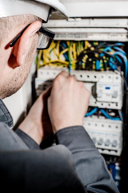 Wiener Elektriker im 24 Stunden Notdienst