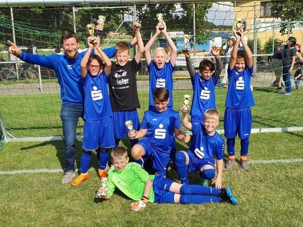 1._Platz_E_Junioren_Turnier_Hengstfeld_14.07.2019_3.jpg