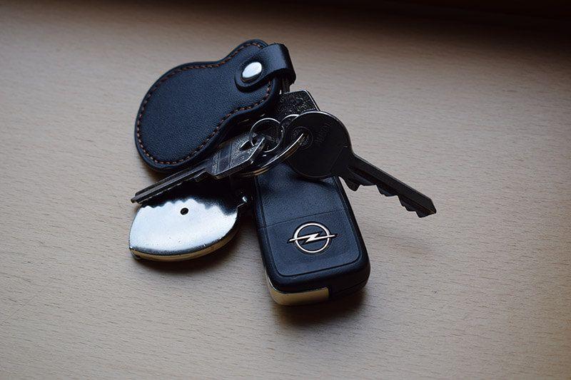 Schlüsselbund auf hellem Hintergrund