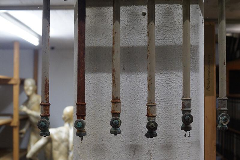 Puppen im Keller in Hannover: Entrümpelungsbedarf