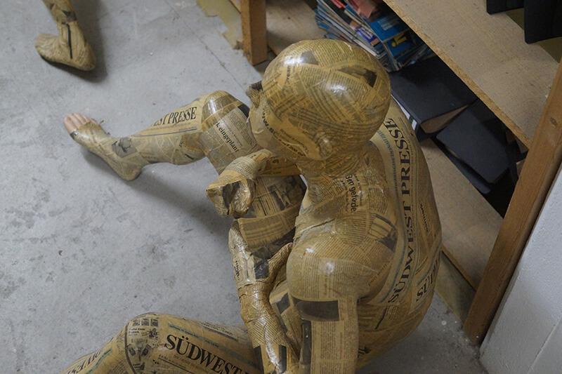 Puppe im Keller: muss entrümpelt werden