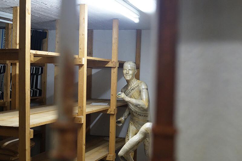 Puppe im Keller in Hannover