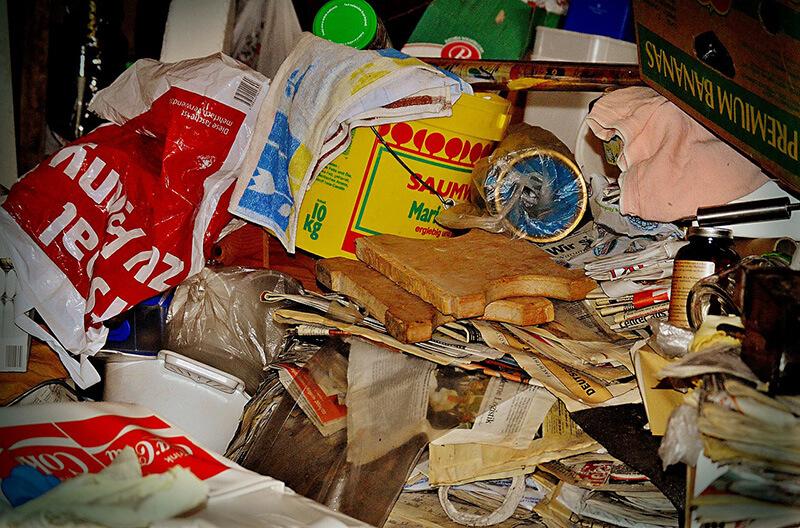 Müllhaufen in einer Messiewohnung