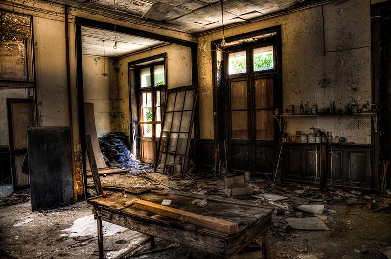 Zerstörte Wohnung in Köln