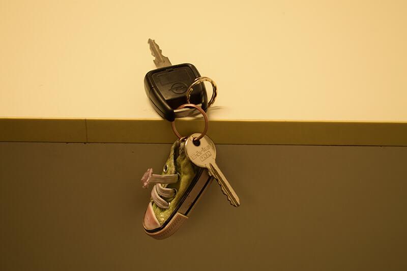 Schlüsselbund mit einem Schlüsselanhänger wurde vergessen in Mönchengladbach