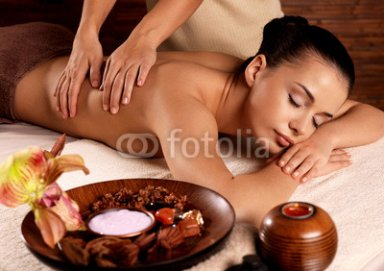 Woman_having_massage_in_the_spa_salon.jpg