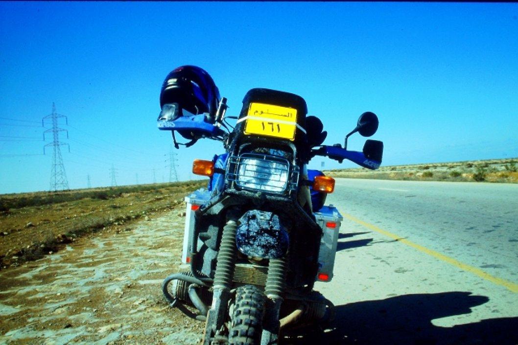 BMW R100 GS im Norden von Ägypten