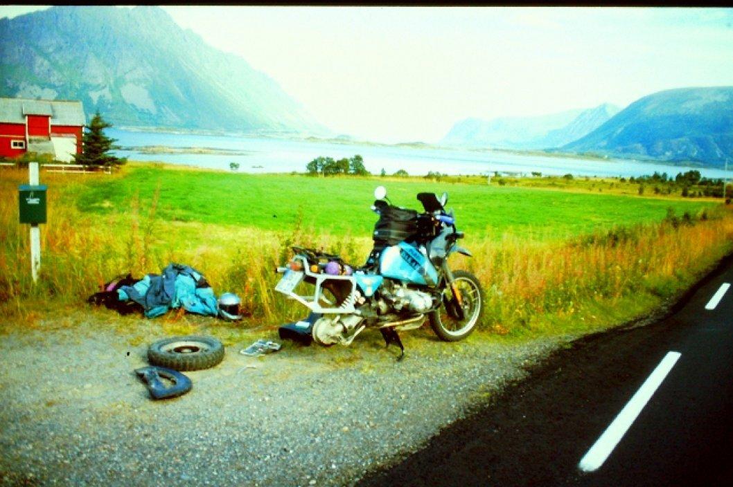 Reifenpanne in Norwegen auf den Lofoten