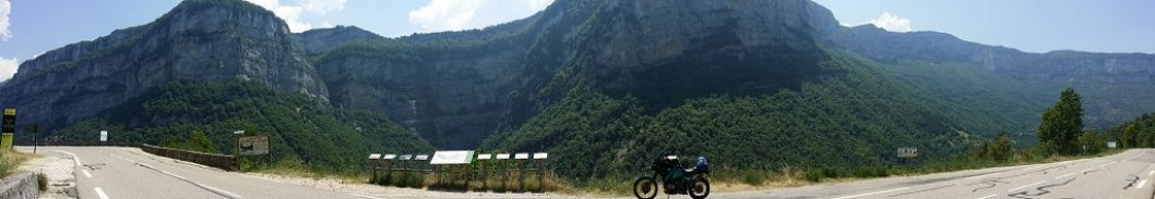 BMW R100 GS unterwegs in den französischen Alpen
