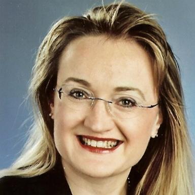Dr med Kamila Dudova