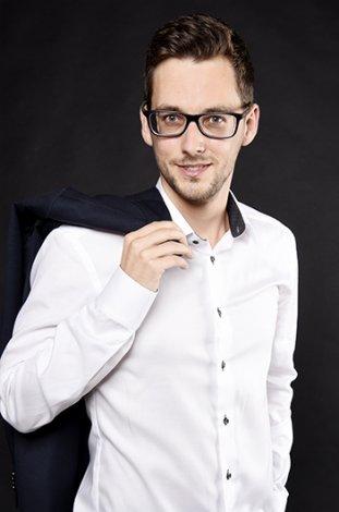 Fotograf-Basel-Business-Portrait-Mitarbeiterportrait-Baselland_14.jpg