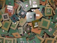 Ankauf Kunststoffprozessoren Grün Braun