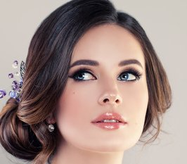 Beautiful-Bride-with-Makeup-and-Bridal-Hairstyle.-Pretty-Woman-Fiancee-Face-Closeup.jpg