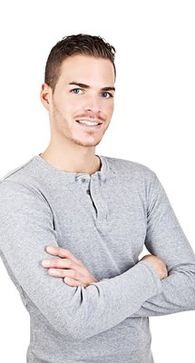 Portrait_of_a_sportive_young_man_isolated_on_white_xs.jpg